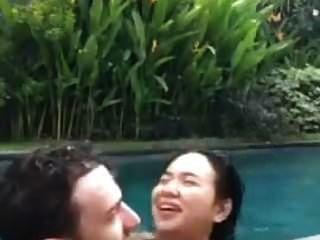 indonesisch fick im pool während live