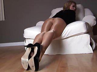 passen babe geile show lange beine in nylon # mrbrain1988