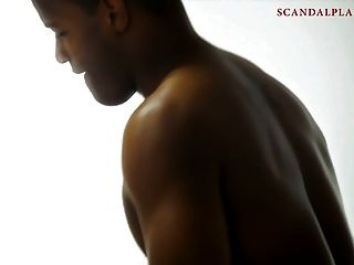 Ryder Skye Nackte Sex-Szene mit verbundenen Augen auf Scandalplanetcom