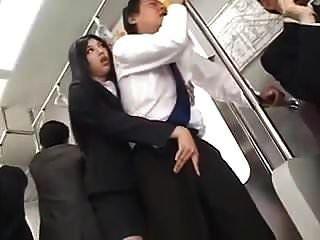 sinnlich lange necken und hj im Zug