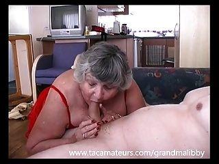 80 Jahre alte Oma Libby fickt jungen Burschen