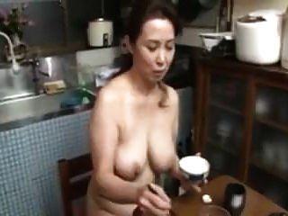 Japanisch Unzensiert Riesige Titten