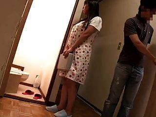 Frustration Mutter verführt die Privatlehrerin ihrer Tochter