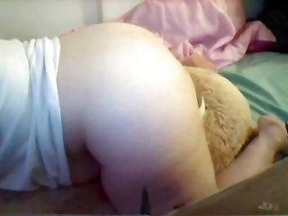 junges molliges Mädchen humps Riesen Teddy bis zum Orgasmus