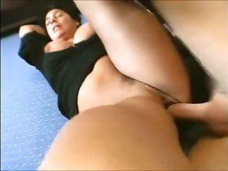 heiße reife Frau mit großen Titten