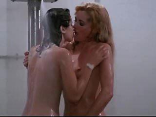 Linda Blair Sybil Danning ..... nackt (