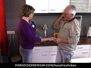 hausfrau ficken blowjob und muschi essen mit geilem reifen