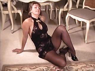 Michelle in schwarzen Strumpfhosen