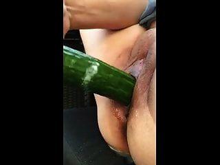Milf liebt Gemüse