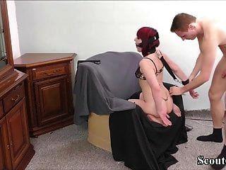 deutsches Amateur Paar in hausgemachten BDSM Bondage Fick