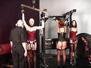Sklaventraining für Frau und Freundinnen