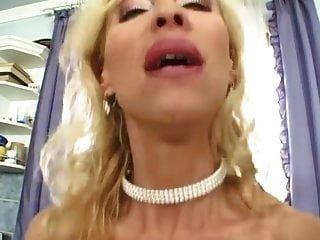 heiße blonde milf in hardcore