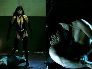 Sekushilover Superheld gekleidet vs entkleidet