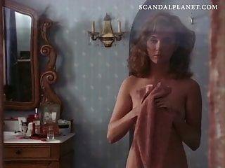Lysette Anthony nackt Busch und Titten auf Scandalplanetcom