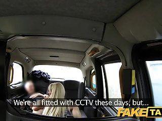 Fake Taxi Unartige Dame hat Sex für freie Fahrt