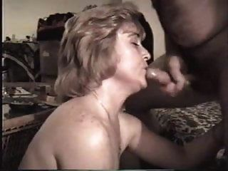 Amateur Frau schluckt Sperma