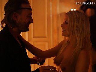 Jenny Edner nackte Muschi in Blowjob-Szene auf Scandalplanetcom
