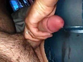 Frau streicheln meinen Schwanz, ich cum auf ihre Spitzenhöschen Arsch Handjob