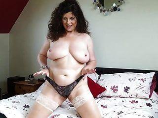 sexy kurvige reife mutter mit großen titten und arsch