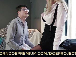 pervers tutor blonde milf knallt geile studentin