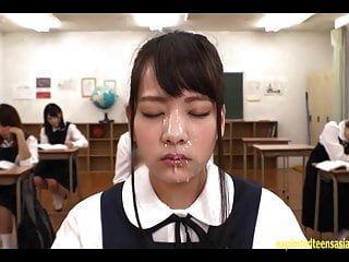 abe mikako bekommt ständig massives bukkake gesicht im klassenzimmer